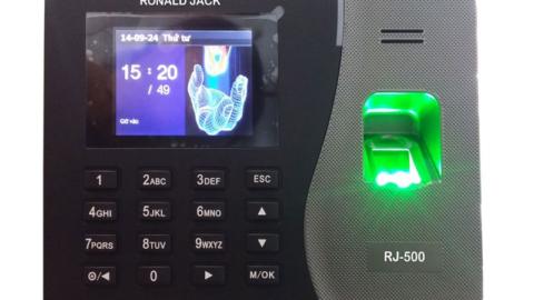 Phần mềm máy chấm công ronald jack w200